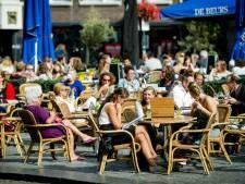 Den Bosch in top drie duurste terrassen in Nederland
