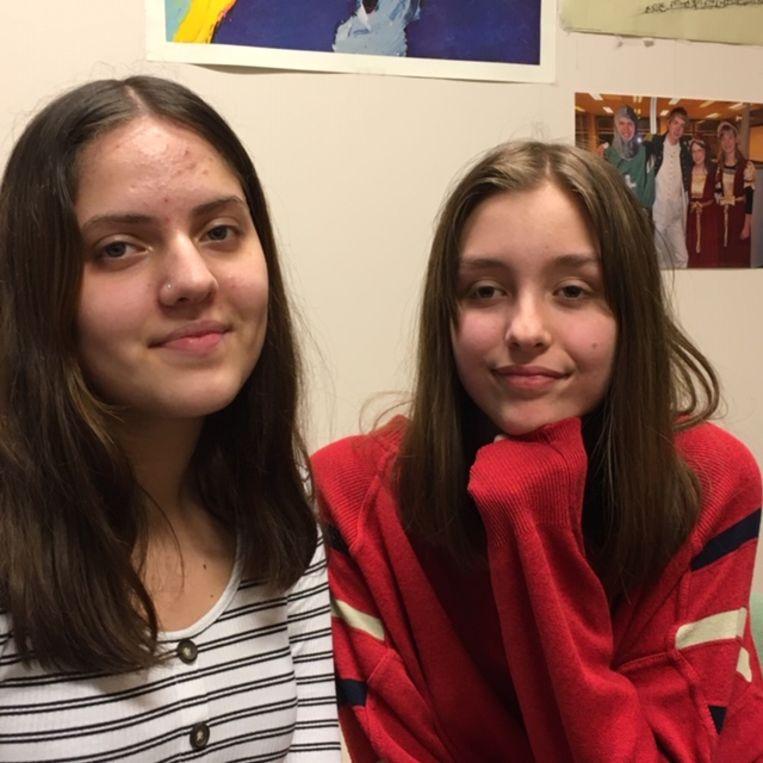 Laila en Sanne. Beeld null
