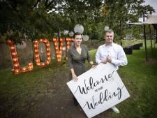 Uitbaters Fox in Denekamp schrappen alle bruiloften, ook die van henzelf: 'Het was het enige lichtpuntje in dit rotjaar!'
