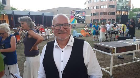 Zanger Arno van den Elzen, overgestapt van hoempa naar jazz.