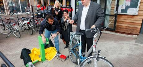 Roep om nieuwe laadpalen zwelt aan: 'Almelo is toch een fietsstad?'