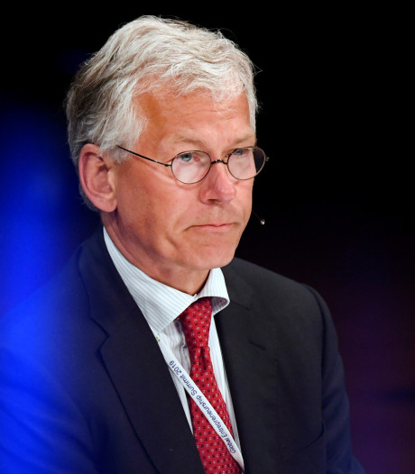 Philips voert verkopen flink op