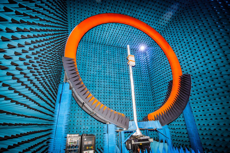 Huawei test een 5G-antenne.  Beeld Hollandse Hoogte / Polaris Images