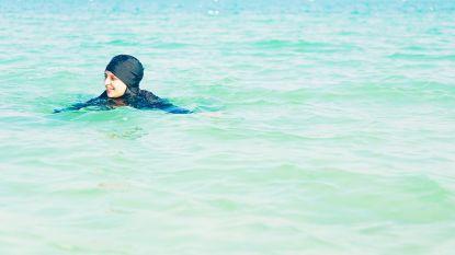 """""""Ze gaan met hun jeans in het water en bedreigen medewerkers"""": zwemdag voor vrouwen loopt uit de hand"""