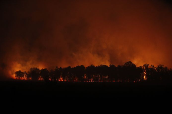 Brand Deurnsche Peel op dinsdagavond.