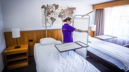 Experts vragen besmette personen niet thuis, maar in aparte centra te isoleren