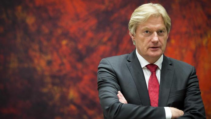 Staatssecretaris Martin van Rijn van Volksgezondheid is verbaasd dat Nieuwegein doorgaat met de pilot.