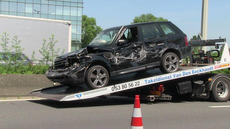 De Range Rover liep aanzienlijke schade op bij de crash