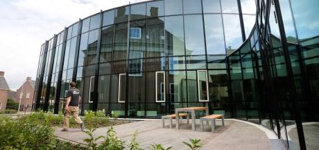 Gemeentehuis Opheusden gaat vaker open