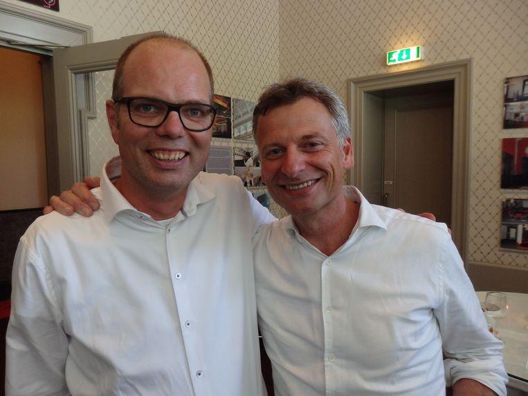 Roland van Maaren en Dick van der Lecq zitten in de organisatie van de awards en weten dat het niet laat wordt. Roland: 'Het is een aftrapmomentje en dan naar huis.' Beeld -