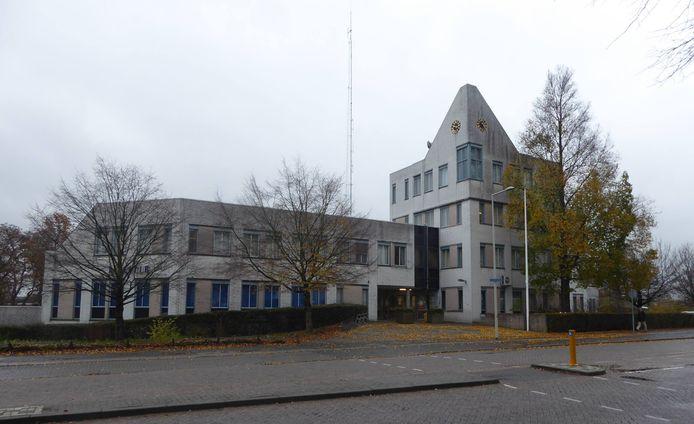 Het politiebureau in Bergen op Zoom staat te koop