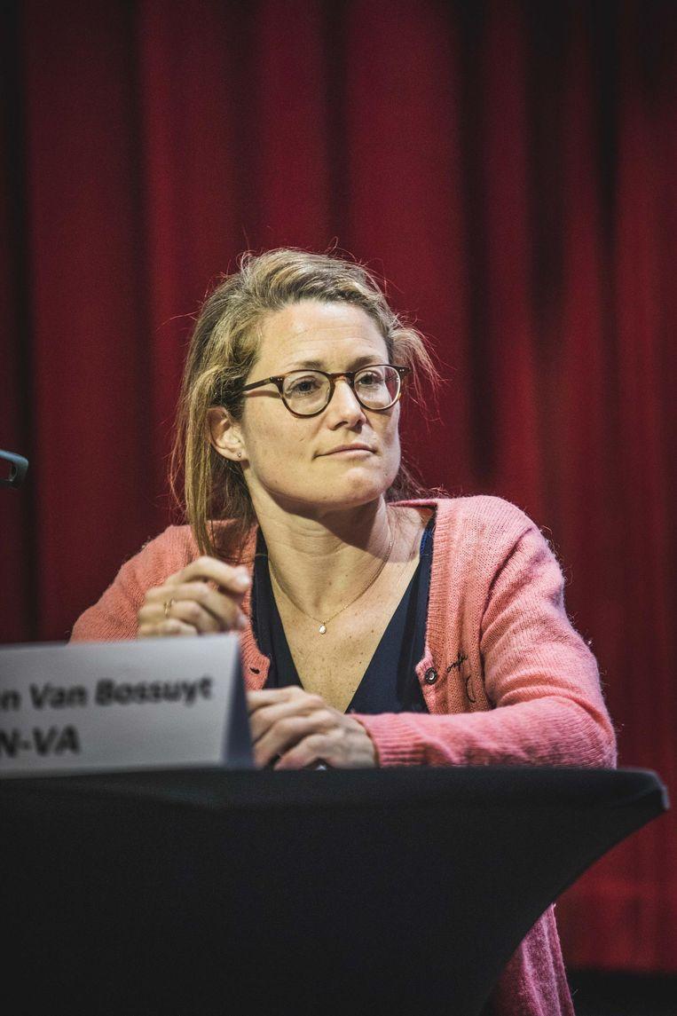 """In de nasleep van een VRT-reportage over schrijnende toestanden in de Bernadettewijk beantwoordt N-VA-lijsttrekker Anneleen Van Bossuyt (foto) de vraag om extra geld voor sociale woningen afwijzend. """"De budgetten zijn verhoogd"""", klinkt het."""