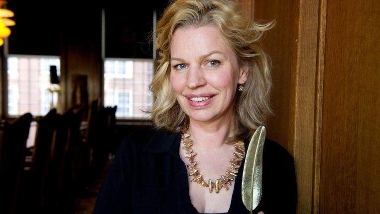 Annejet van der Zijl met de Gouden Ganzenveer in 2012 Beeld anp