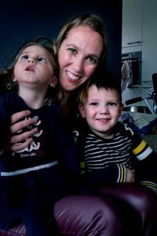 Debbie kreeg twee kinderen van een spermadonor, de jongste heeft een zeldzame handicap