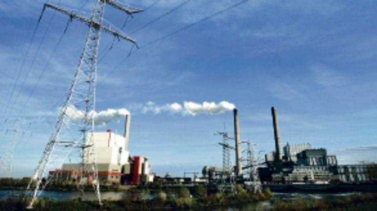 Pleidooi tegen kolencentrales zoals deze bij Geertruidenberg. (FOTO ANP ) Beeld