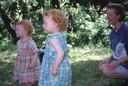 Laurens (links), Yentl en hun tante.
