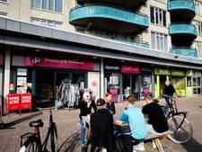 Stoelendans in winkelcentrum Nieuw Dalem