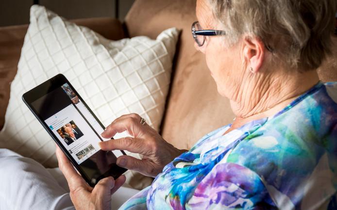 Ouderen blijven steeds vaker thuiswonen.