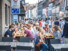 Nu al razend druk in Gentse Overpoortstraat, wat geeft dat vanavond?