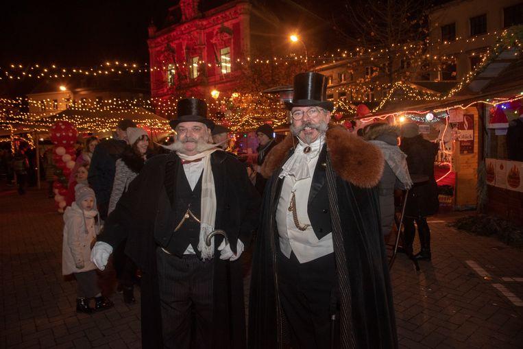 Christmas Loveland : 50.000 lampjes op Kerstmarkt Wetteren.