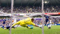 """Na tegengoal nummer 8, het pijnpunt van Anderlecht geanalyseerd: """"Sels speelt geweldig seizoen, maar tussenkomen op zo'n flankvoorzet is altijd riskant"""""""