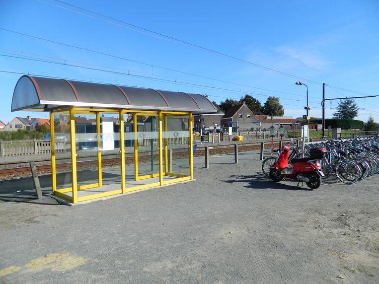Ook de perrons en schuilhuisjes aan de stopplaats Maria-Aalter worden vernieuwd.