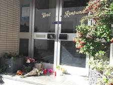 Bloemen en kaarsen voor vermoorde hotelbaas Benny