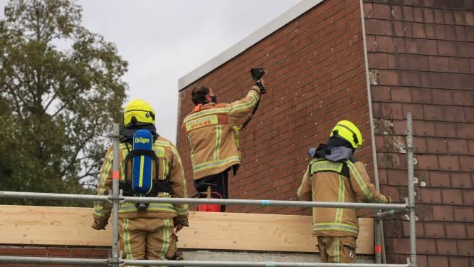 Rookontwikkeling bij dakwerken aan woning in Durmedal