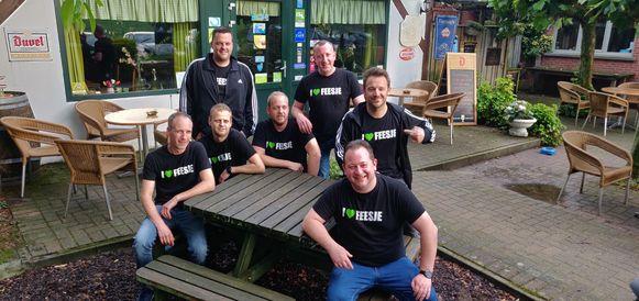 Boven: Geert en Gert. Midden: Geert, Bart, Bart en Pieter. Onder: Wilfried. Maarten kon er niet bij zijn voor de foto.