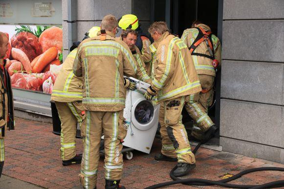 Ook deze wasmachine vatte vuur.
