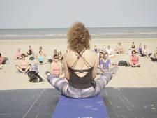 'Vliegende yogi' vliegt van les naar les