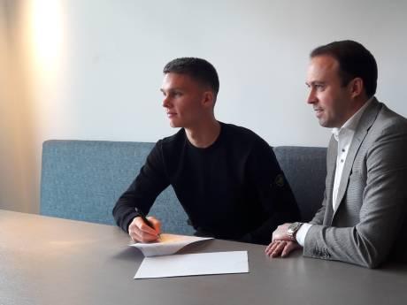 Talentvolle Connor van den Berg toont ambitie: 'Zo snel mogelijk onder de Willem II-lat'