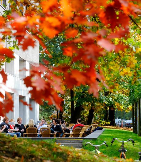 La Cloche failliet, grand café universiteit dicht