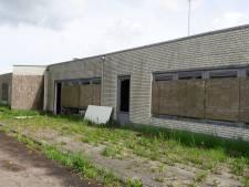 Opknappen verloederde grenspost in Nispen laat nog op zich wachten: 'Moeten nog goedkeuring van provincie krijgen'
