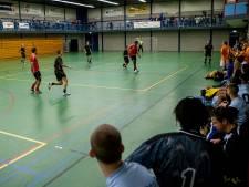 Voetbaltraditie in ere hersteld: Zwolse clubs keren voor zaaltoernooi terug in WRZV-hallen