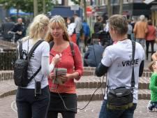 Eerste Twentse tegengeluid tegen 1,5 metersamenleving bij protest in Enschede