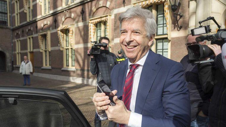 Minister Ronald Plasterk van binnenlandse zaken op het Binnenhof. Beeld anp