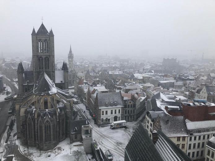Gent in de sneeuw