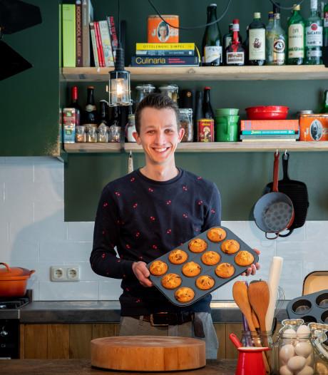 Met thuisbaksels wil Raaltenaar Jesper andere mensen blij maken en inspireren