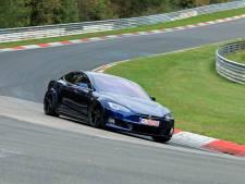 Tesla is terug op de Nürburgring om Porsche van de troon te stoten