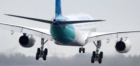 35 vluchten Schiphol geannuleerd wegens harde wind