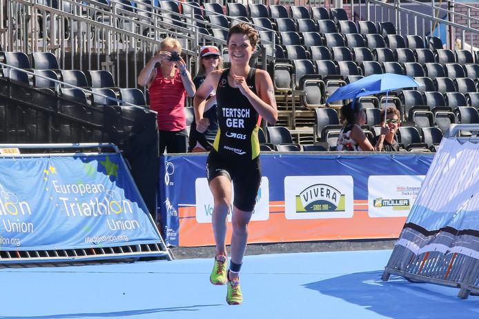 2565b0c92738d6 Dubbele Duitse zege in snikhete Triathlon Holten | Sport | tubantia.nl