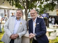 Oldenzaalse Boeskool-bestuurders Lasonder en Lotgerink nu Ridder in Orde van ON