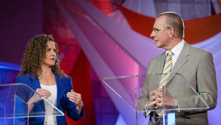 Lijsttrekkers Sophie In 't Veld (D66) en Dennis de Jong (SP). De SP en D66 hebben allebei flink gewonnen. Toch ging bijna tweederde van de SP-aanhang niet naar de stembus Beeld anp