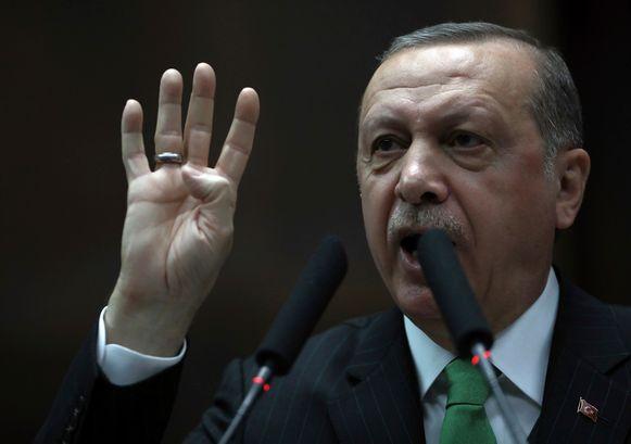 Erdogan had enkele dagen geleden de grenstroepen de strijd aangezegd.