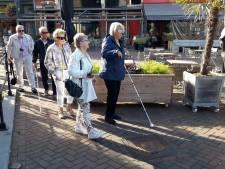 Wethouder Koenraad ervaart hoe het is om blind te zijn
