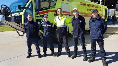 Wase brandweermannen op stage in Verenigde Staten