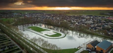 Als het gaat vriezen, dan wil de ijsbaan in Genemuiden dolgraag open: 'Mooie afleiding voor jeugd'