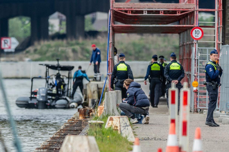 Politie helpt mee bij de zoektocht naar het lichaam van de 23-jarige Julie van Espen.