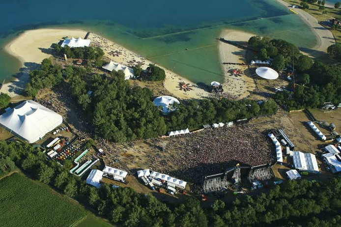Aquabest-eigenaar koopt E3-strand | Best | ed.nl